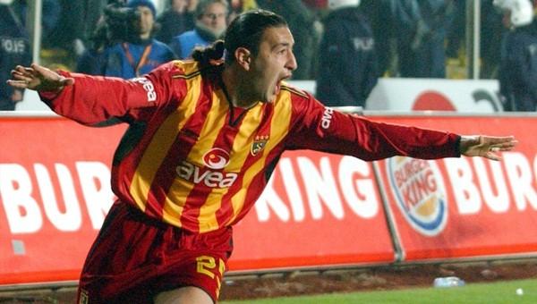 Fenerbahçe 10 yıl önceki Galatasaray derbisinin tekrarını yaşadı