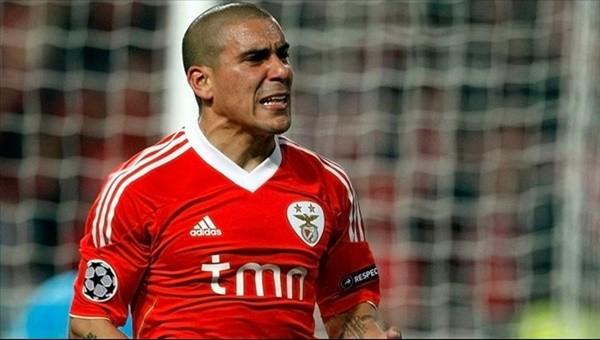 Galatasaray'dan ezeli rakibine transfer çalımı!