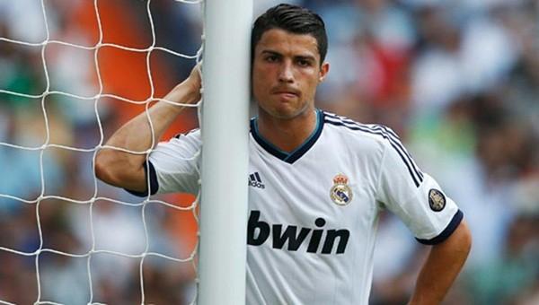 Ronaldo Real Madrid'in golüne sevinmedi