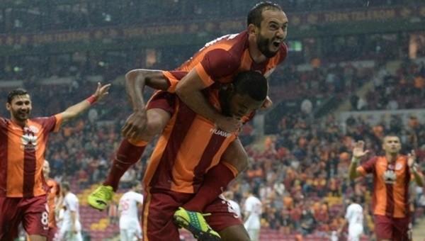 Galatasaraylı oyunculardan Fenerbahçe'ye gönderme