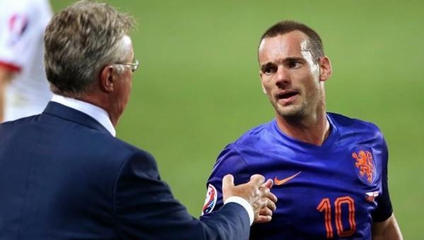 Hiddink'ten Sneijder'e şok cevap