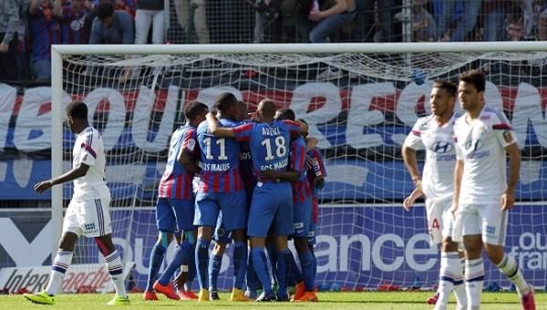 Lyon takıldı! PSG'nin şampi...