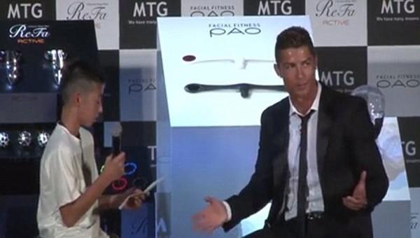 Ronaldo'dan gazetecilere ders!