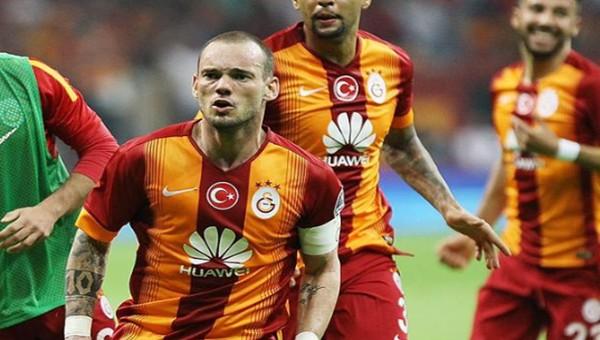 TT Arena golcüsü Sneijder