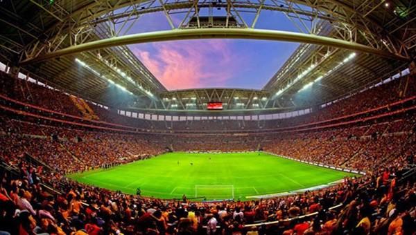 TT Arena'da kaç kişi maçı izledi?
