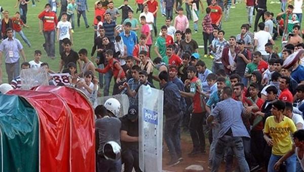 Diyarbakırspor'a ligden çekilerek destek veriyorlar