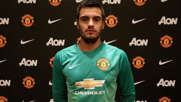 Manchester United, kaleci Romero'yu transfer etti