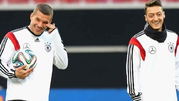 Mesut Özil: 'Podolski doğru bir karar aldı'
