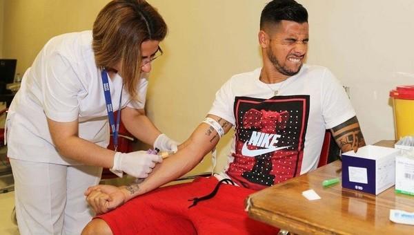 Sivasspor'da 3 futbolcu sağlık kontrolünden geçti