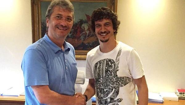 Adanaspor'da Özgür Öçal imzaladı