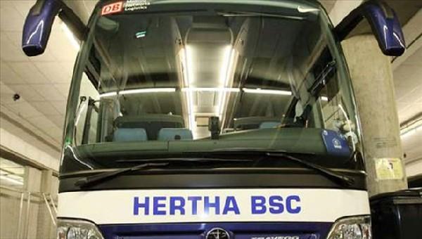 Almanya şokta! Hertha otobüsüne silahlı saldırı