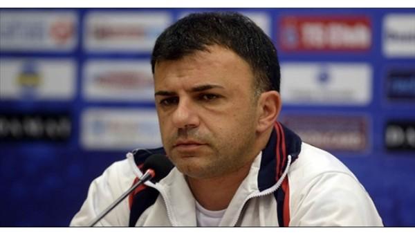 Angelovski: 'Oyuncularımın karşısında saygıyla eğiliyorum'