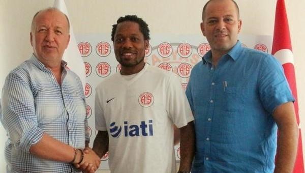 Antalyaspor Jean Makoun'u transfer etti