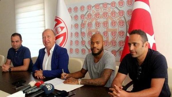 Antalyaspor'dan Raish M'bolhi bombası
