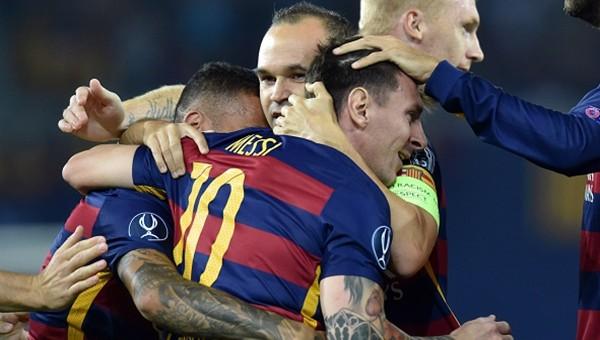 UEFA Süper Kupa'nın sahibi Barcelona!