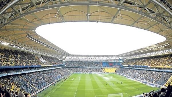Fenerbahçe 40 bin kombineye koşuyor