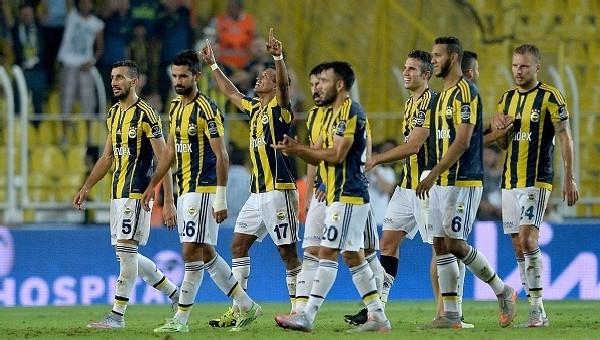 Fenerbahçe gazetelerde de lider