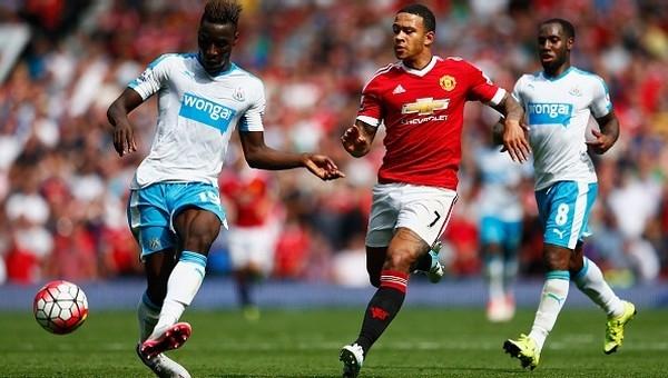 Manchester United kilidi açamadı