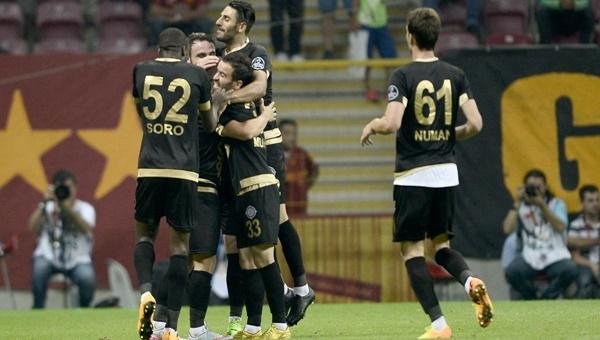 Galatasaray, Osmanlıspor'a 2-1 mağlup oldu