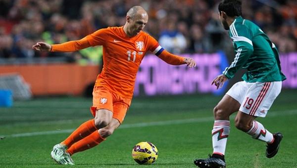 Persie ve Sneijder değil yeni kaptan Robben