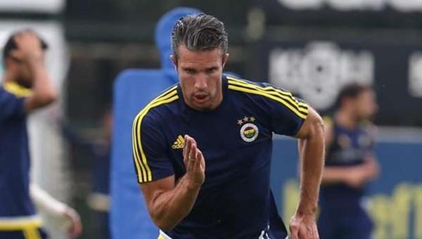 Robin van Persie Eskişehirspor maçında oynayacak mı?