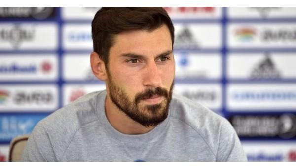 Şener Özbayraklı: 'Tüm kupaları istiyoruz'