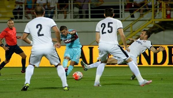 West Ham United, Astra Giurgiu'ya elendi