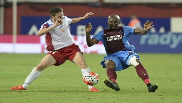 Trabzonspor-Rabotnicki maçında Mbia beğeni topladı