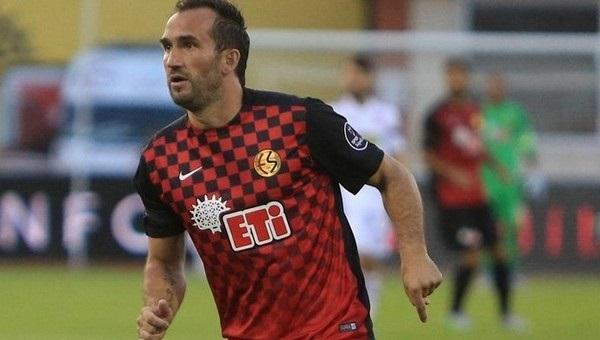 Theofanis Gekas üçüncü kez hat-trick yaptı