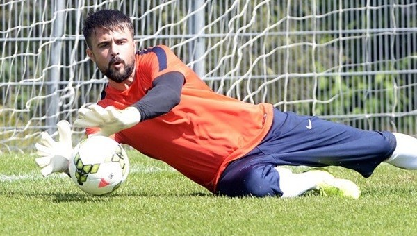 'Trabzonspor, Onur Kıvrak'ı satmak istiyor'