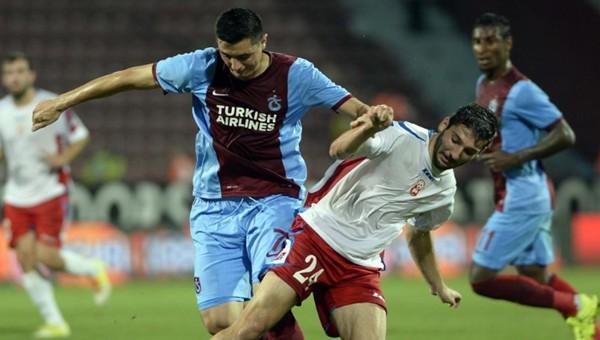 Trabzonspor, Rabotnicki'ye elendi