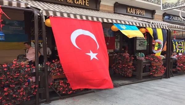 Lviv'de Fenerbahçe taraftarlarına inanılmaz saldırı