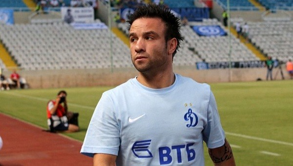 Valbuena, Lyon'a transfer oldu