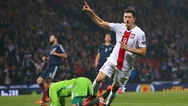 Lewandowski adım adım yaklaşıyor