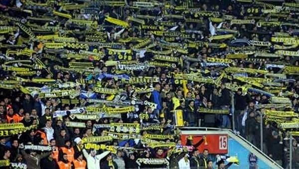 Taraftar grupları birbirine girdi! Fenerbahçeliler hackledi