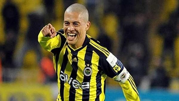 Fenerbahçeli yıldız, Alex'e destek mi çıktı?