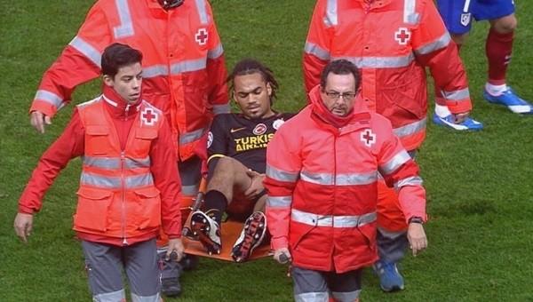 Galatasaray'da Denayer oyundan sedyeyle çıkarıldı