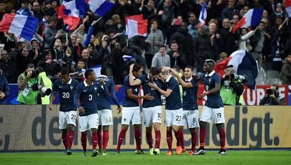 Gomez'li Almanya, Fransa'da mağlup!