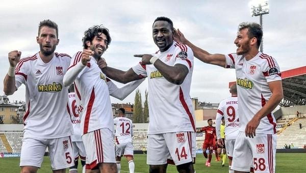 Sivasspor 3-0 Gaziantepspor maç özeti ve golleri