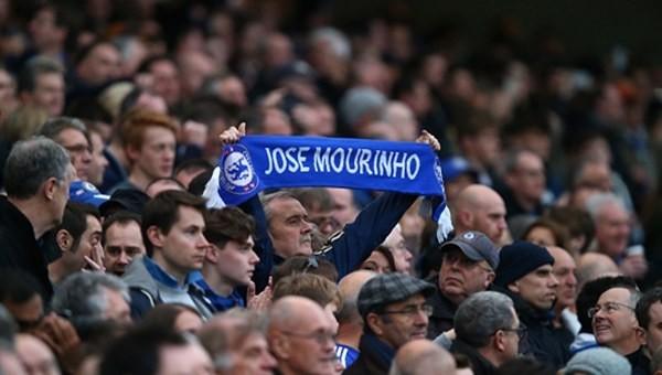 Chelsea taraftarlarından 'hain' tepkisi