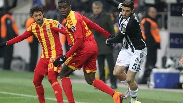 Jose Sosa: 'Golü bilerek attım'