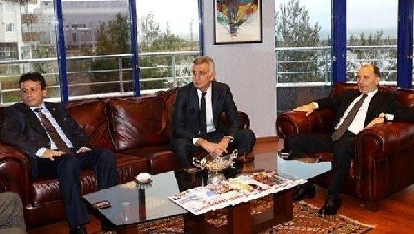 Trabzon'da başkan adayları buluştu
