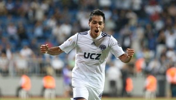 Trabzonspor, Oscar Scarione'yi transfer etmek istiyor