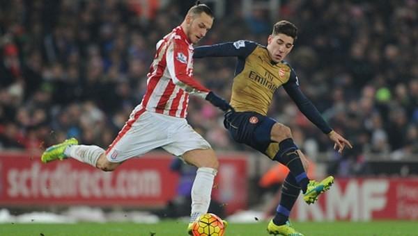 Arsenal'e Stoke çelmesi!