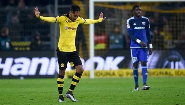 Auba atıyor, Dortmund kazanıyor