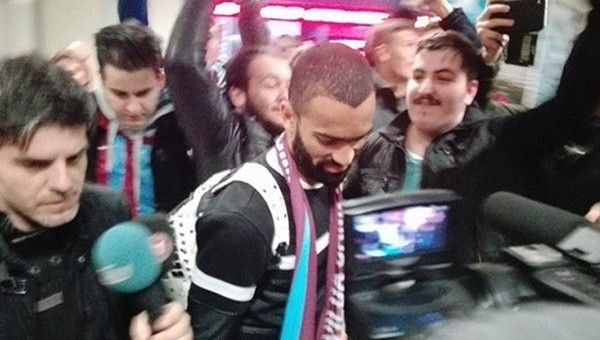 Jose Bosingwa Trabzon'a ulaştı! İmzaya geldi...