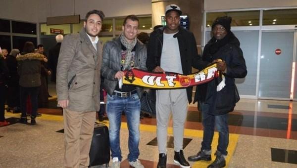 Kayserispor'un yeni transferi neden ülkesine geri döndü?