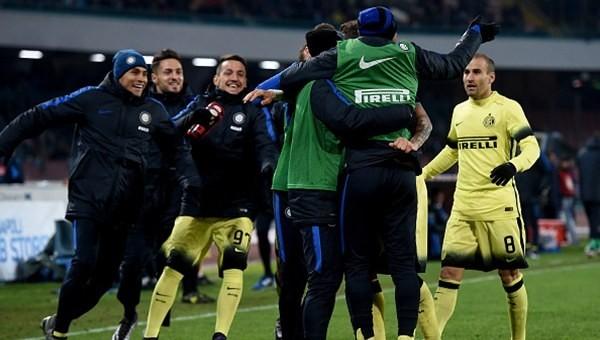 Kupa beyi Mancini, lideri devirdi!