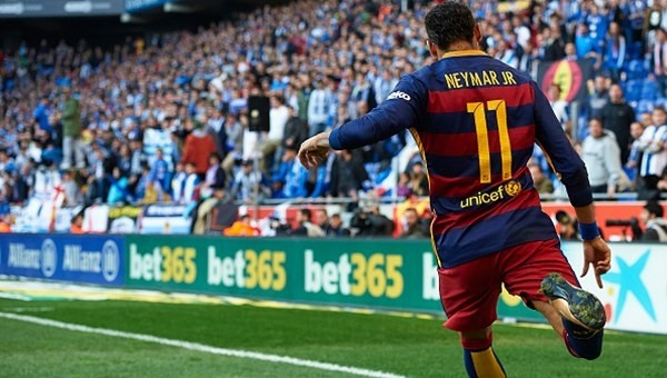 La Liga'da Neymar'a ırkçı tezahürat!