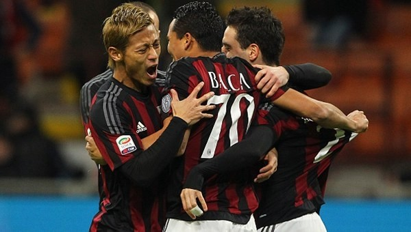 Milan, Fiorentina'yı devirdi!